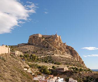 Castillo-de-Santa-Barbara-en-Alicante