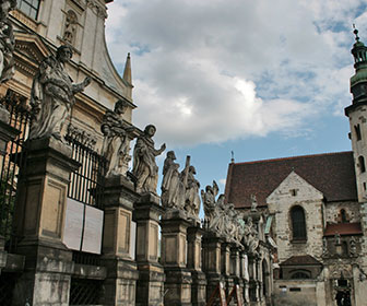 Iglesia-de-san-pedro-y-san-pablo-en-Cracovia