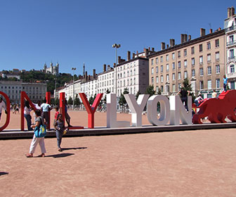 Lyon_Place_Bellecour