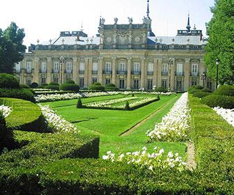Palacio-Real-de-la-Granja-de-San-Ildefonso_Segovia_01