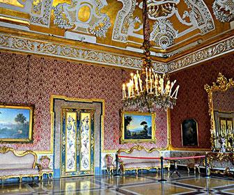 Palacio-real-de-Napoles