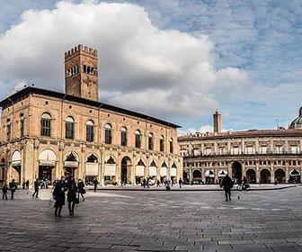 Piazza-Maggiore-Bolonia