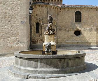Plaza-de-San-Martin-Segovia