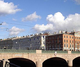Puente-Anichkov-San-Petersburgo