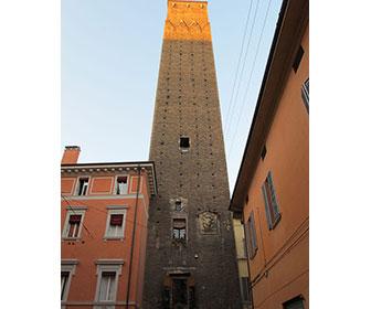 Torre-Prendiparte-Bolonia