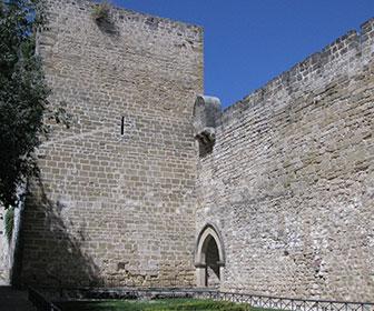 Ubeda_Muralla_torre_y_Portico_del_Santo_Cristo