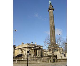 Wellington-Memorial-Statue-en-Liverpool