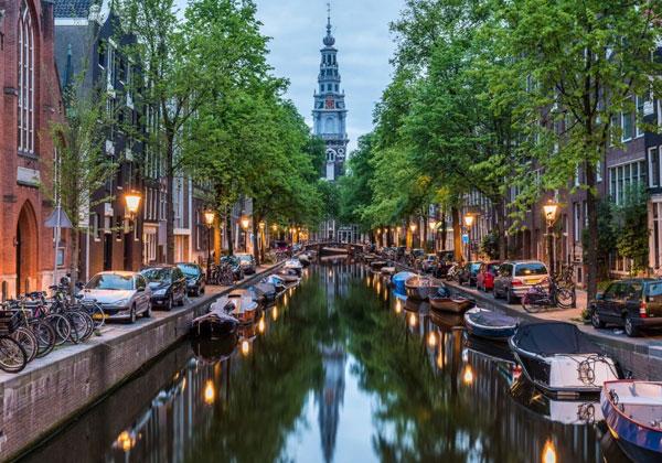 Πόσες μέρες φαίνεται το Άμστερνταμ?