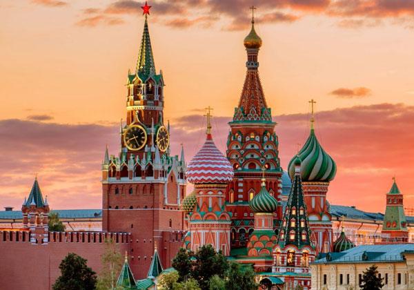 Câte zile se vede Moscova?