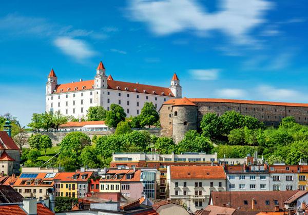 Câte zile arată Bratislava?