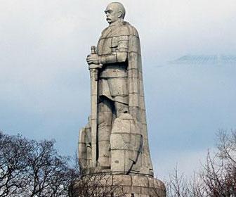 monumento-a-otto-von-bismarck_hamburgo