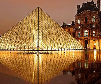 piramide-de-cristal-y-louvre
